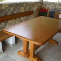 Nagy méretű kerti étkező asztal a Nemes Bútortól -11