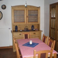 A villányi Vinatus pince és fogadó, vendéglő bútorzata - 7