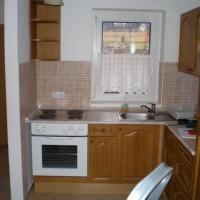 Egyedi beépített konyhaszekrény a Nemes Bútortól -62