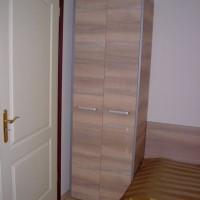 Ruhás szekrény egyedi igény alapján a Nemes Bútortól - 1