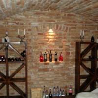 Bortároló polc borospincébe egyedi igény alapján a Nemes Bútortól -9