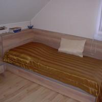 Egyszemélyes heverő matraccal a Nemes Bútortól -3