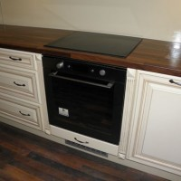 Egyedi konyhaszekrény beépített sütővel a Nemes Bútortól -80