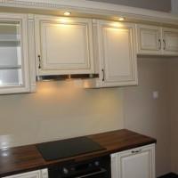 Egyedi konyhaszekrény beépített világítással a Nemes Bútortól -77