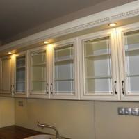 Egyedi konyhaszekrény beépített világítással a Nemes Bútortól -76