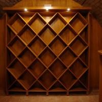 Bortároló polc borospincébe egyedi igény alapján a Nemes Bútortól -5