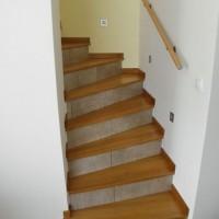 Fa lépcső és korlát egyedi igény alapján a Nemes Bútortól -3