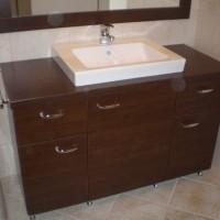 Egyedi beépített mosdó tükörrel a Nemes Bútortól -20