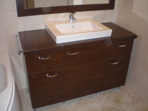 Egyedi fürdőszoba bútor - Nemes Bútor Balatonfüred