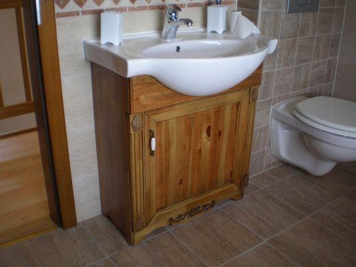 beépített mosdó és szekrény a Nemes Bútortól -11