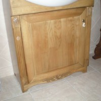 Egyedi beépített mosdó és szekrény a Nemes Bútortól -9