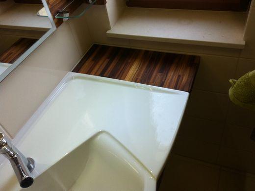 Egyedi beépített mosdó és szekrény a Nemes Bútortól -7