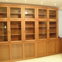 Egyedi készítésű vitrines szekrény a Nemes Bútortól - 56